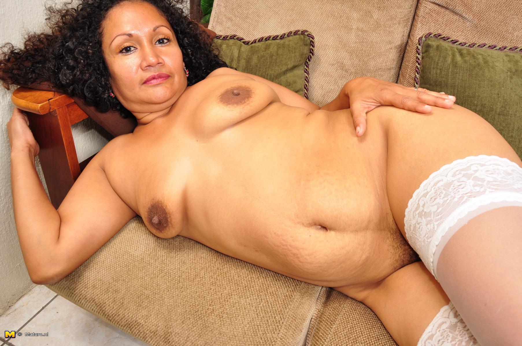 Angela goethals naked