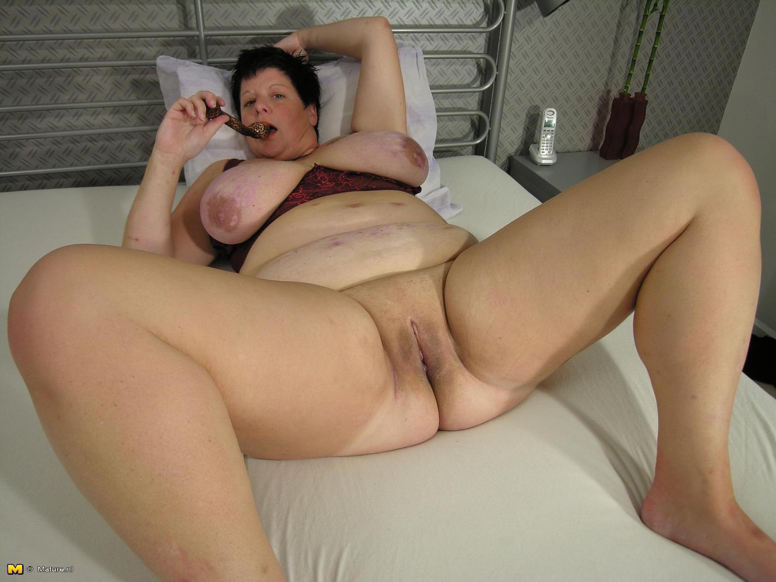 Смотреть бесплатно порно ролики полные зрелые, Зрелые дамы на Порно Тигр 9 фотография