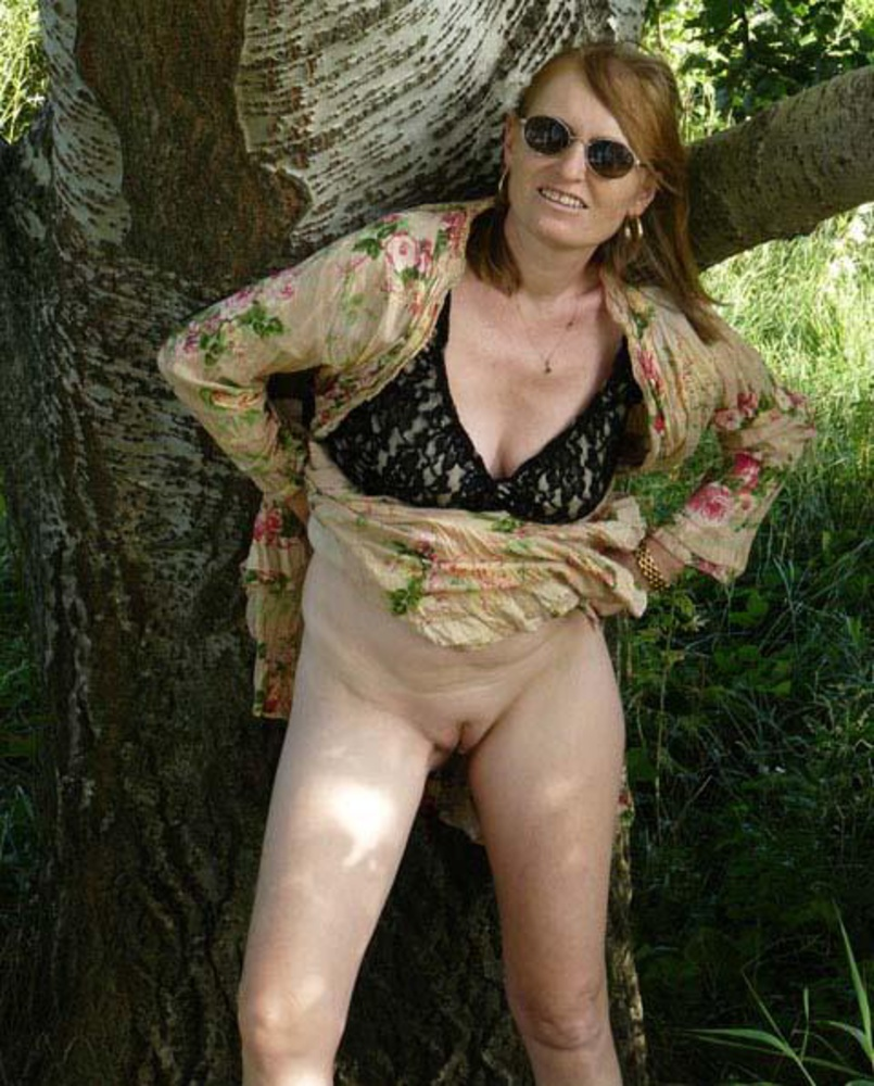 vip mature sex - outdoors mature posing nude