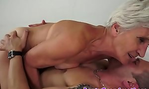 Pussyfucked grandma tastes caring sex cream