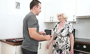 Saggy grandma with bigtits gets fucked lasting