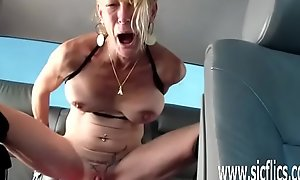 Anna fucks a tremendous sex tool everywhere her motor vehicle
