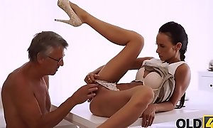 OLD4K. Sweet secretary Liliane fondles big wheel after hard swain be useful to operate