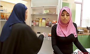 Arab babe rails her english step daddy.