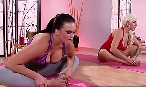 Brazzers - Sexy Plus Mean - (Lylith Lavey) (Mackenzee Pierce) - The Finest Yoga