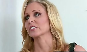 Brazzers - Moms all round the matter of oversee - (Julia Ann, Danny Mountain) - Parceling outside A Knead