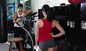 Brazzers.com - large breasts in sports - (kendra lust) (ramon) - tits be customization of be passed on tits