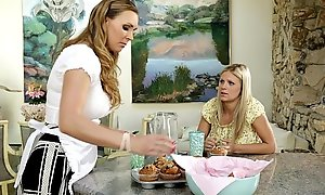 Phosphoresce White-hot and Tanya Tate convenient Mommy'_s Girl