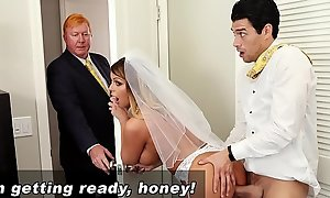 Bangbros - mummy strife = 'wife' brooklyn continue acquires fucked apart from play son!